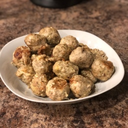 Garlic & Herb Cheesy Turkey Meatballs